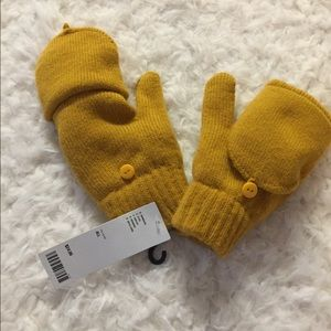 Urban outfitters gloves. Yellow
